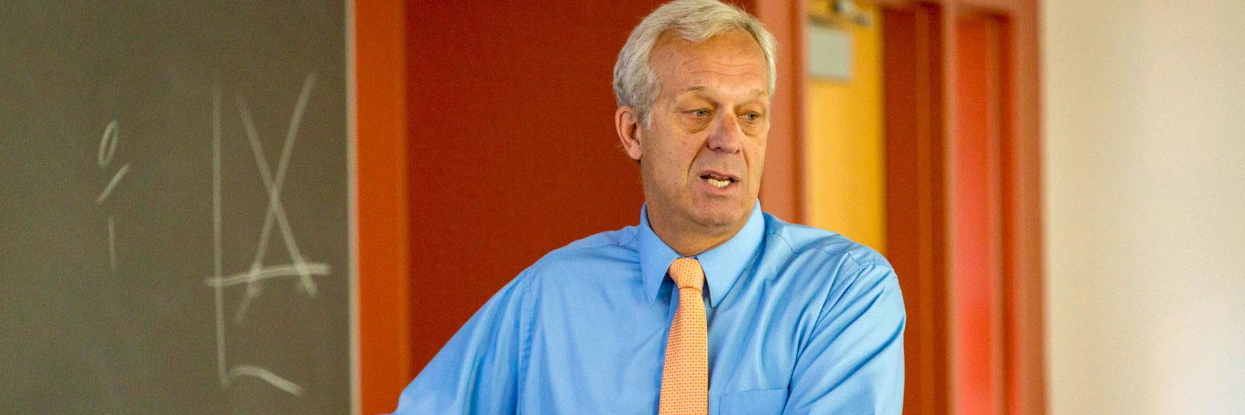 Professor Dean Shoop, of the BLC Business Administration Department, teaches an economics class.