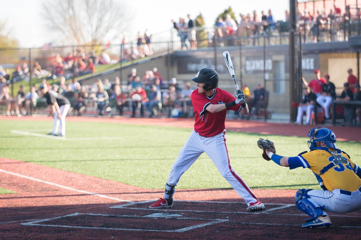 baseball batter waiting to swing at a pitch