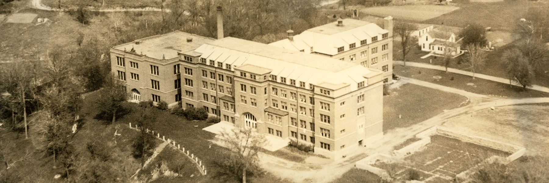 Bethany building - Old Main back in 1930s