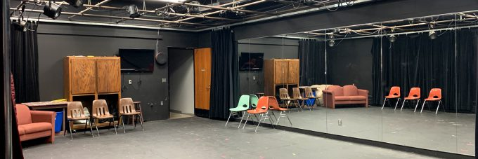 Black-box-theatre-green-room-FEATURED-PHOTO