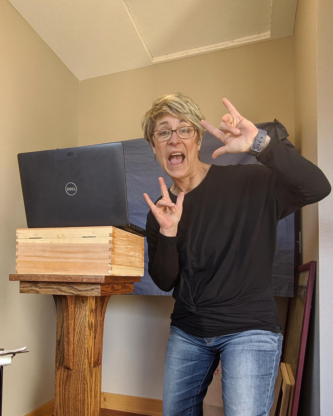 Crista Browne-Krosch at home with a computer